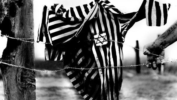SOTTO UN CIELO CHE NON DIMENTICA -Settantacinque anni dopo Pisa commemora le vittime dell'Olocausto